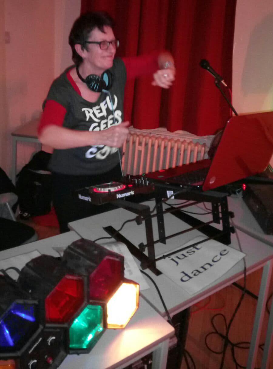 A photo of the presenter DJ Su-Ki